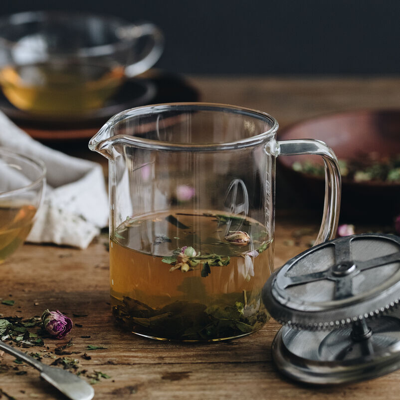 The Greenwich Teapot with loose tea